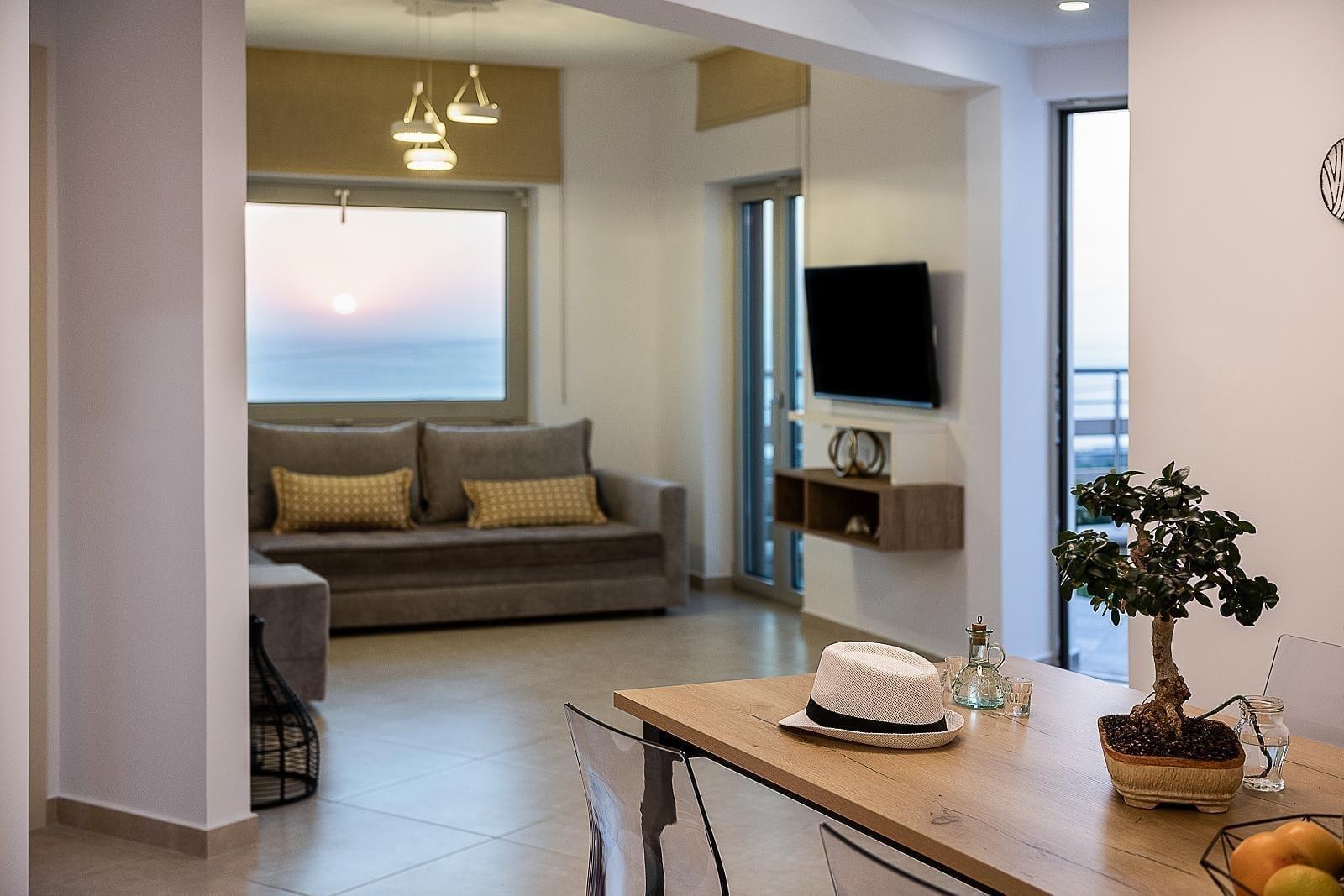 magnolia-luxury-interior-sunset